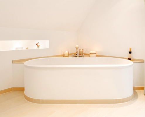 Badgestaltung mit Fließen um Badewanne